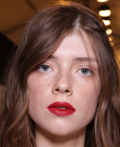 Burberry-Prorsum-Spring-2015-Beauty-Look