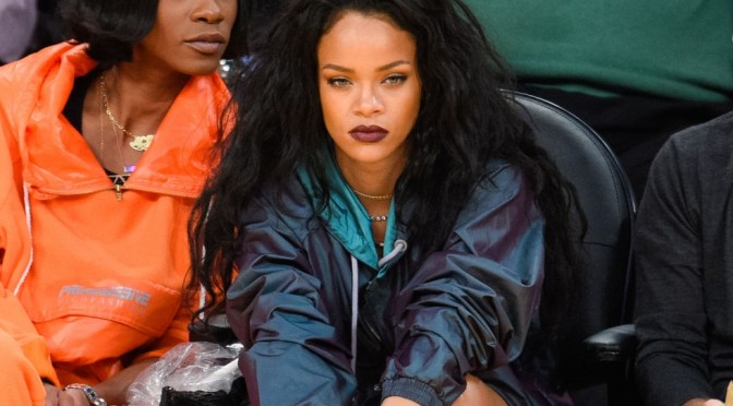 Beauty Diaries by Beauty Line-Rihanna Plum Lips