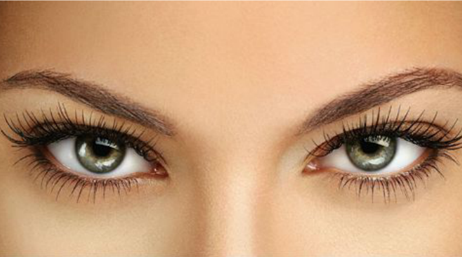 Beauty Diaries by Beauty Line - How to treat your lashes