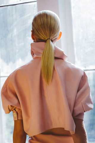 collections-beauty-guide-ponytail-j-w-anderson-rtw-ss-2015