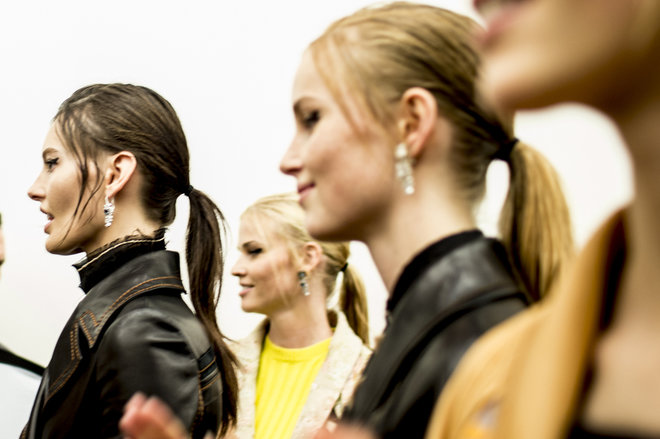 collections-beauty-guide-ponytail-prada-rtw-ss-2015