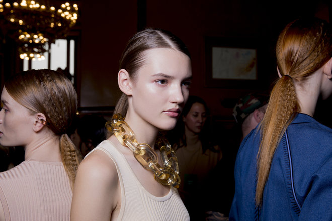collections-beauty-guide-ponytail-stella-mccartney-rtw-ss-2015