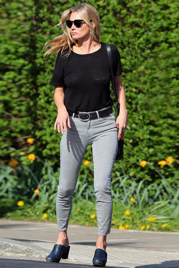 Kate-Moss-Vogue-17Apr15-Gotcha-Koral-jeans_592x888
