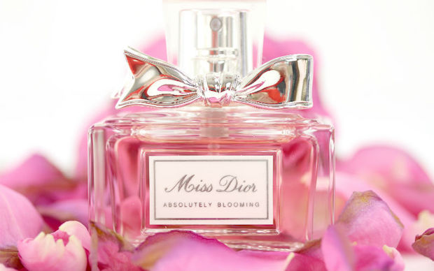 miss-dior-absolutely-blooming-innenaussen