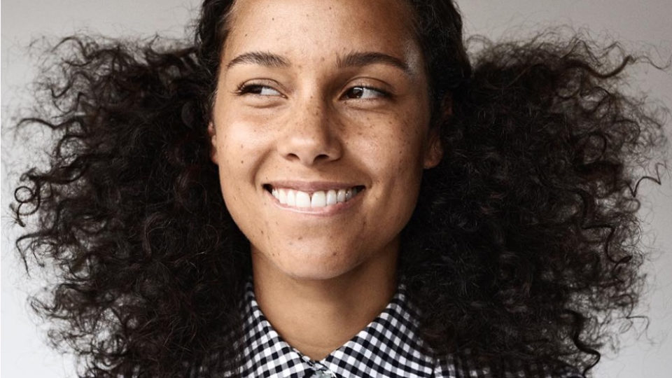 alicia-keys-makeup-free-data-960x540