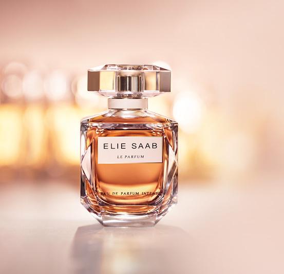 79d0a882ab Το Elie Saab Le Parfum Eau de Parfum είναι μια ωδή στην Μεσόγειο θάλασσα  και στο άρωμα των ανθών απο τις πορτοκαλιές στον αέρα την άνοιξη.
